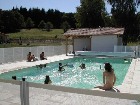 Not a nudist colony: Families swim at naturist camping spot Monts de Bussy, Haute-Vienne, France. (Photo: Alain Tanguay/Wikipedia)
